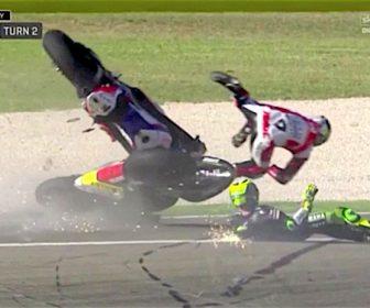2016-motogp-aragon-fp3-pol-petrucci-crash