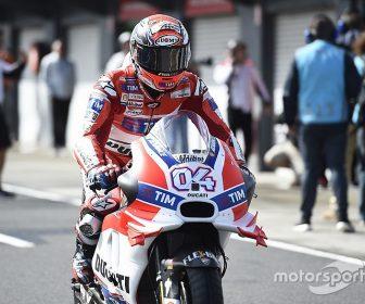 motogp-australian-gp-2016-andrea-dovizioso-ducati-team