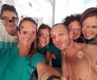 selfie-valentino-rossi-ospedale-2