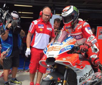 motogp-gp-de-republica-checa-2017-ducati-carenado-jorge-lorenzo (1)