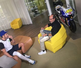 motogp-italian-gp-2017-valentino-rossi-is-interviewed-by-guido-meda