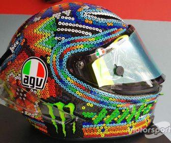 motogp-rossi-winter-tests-helmet-2017-helmet-of-valentino-rossi-yamaha-factory-racing