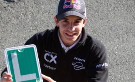 M.マルケス[本人ブログ]:やっと運転免許を取りました!