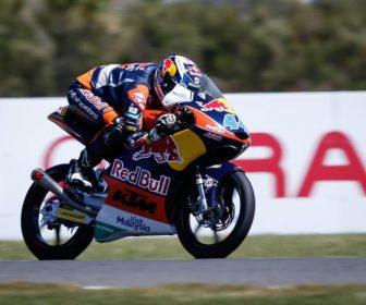 moto3-gara-2015pi-gpone