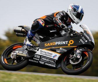 moto3-qp-2015pi-gpone
