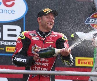 2016-bsb-brands-hatch-gp-race1-podium