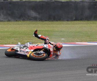 marquez-crash01