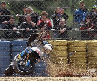 motogp-french-gp-2017-jack-miller-estrella-galicia-0-0-marc-vds-crash